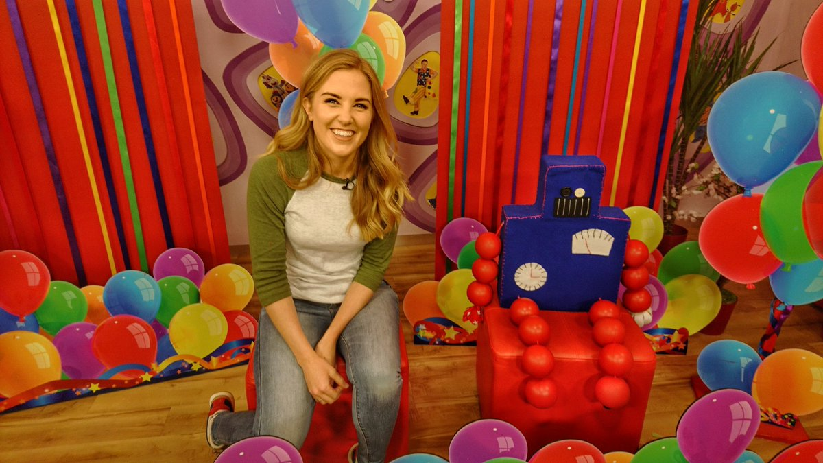 Maddie Moate on Twitter Ive been reading out some very special – How to Send Birthday Cards to Cbeebies