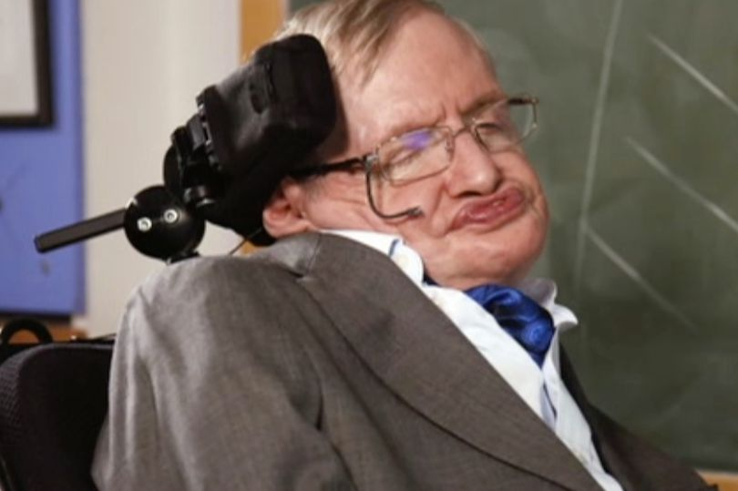 Professor Stephen Hawking is voting Labour because Tories would be a 'disaster' https://t.co/MS2ezIyCSX