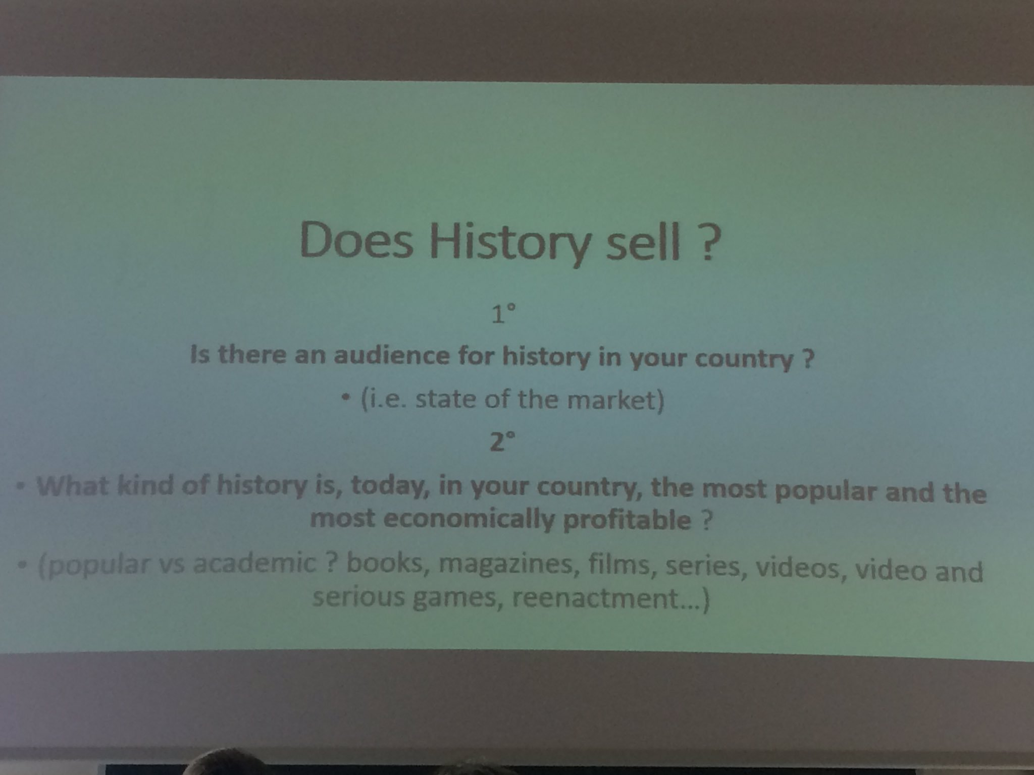 Good questions on #publichistory #ifph2017 @ncph https://t.co/jIXTGxNXGr