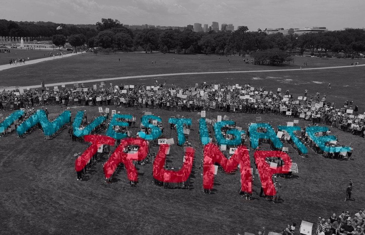#MarchForTruth protestors to Congress: Investigate Trump. #TrumpRussia