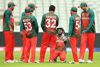 #Ban cricketer Mosaddek Hossain wears Saikat nicknamed shirt. Why? Is he a Hindu to Islam convert or inferiority complex? ##AUSvBAN #CT17
