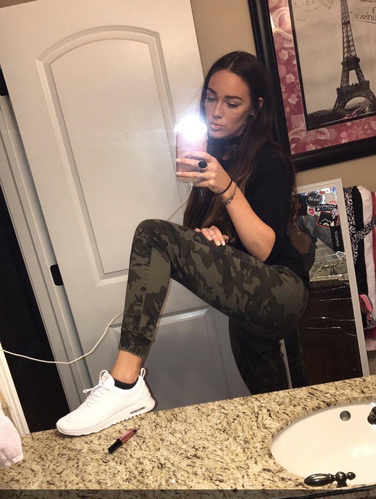 Never Seen An Ass Like Hers