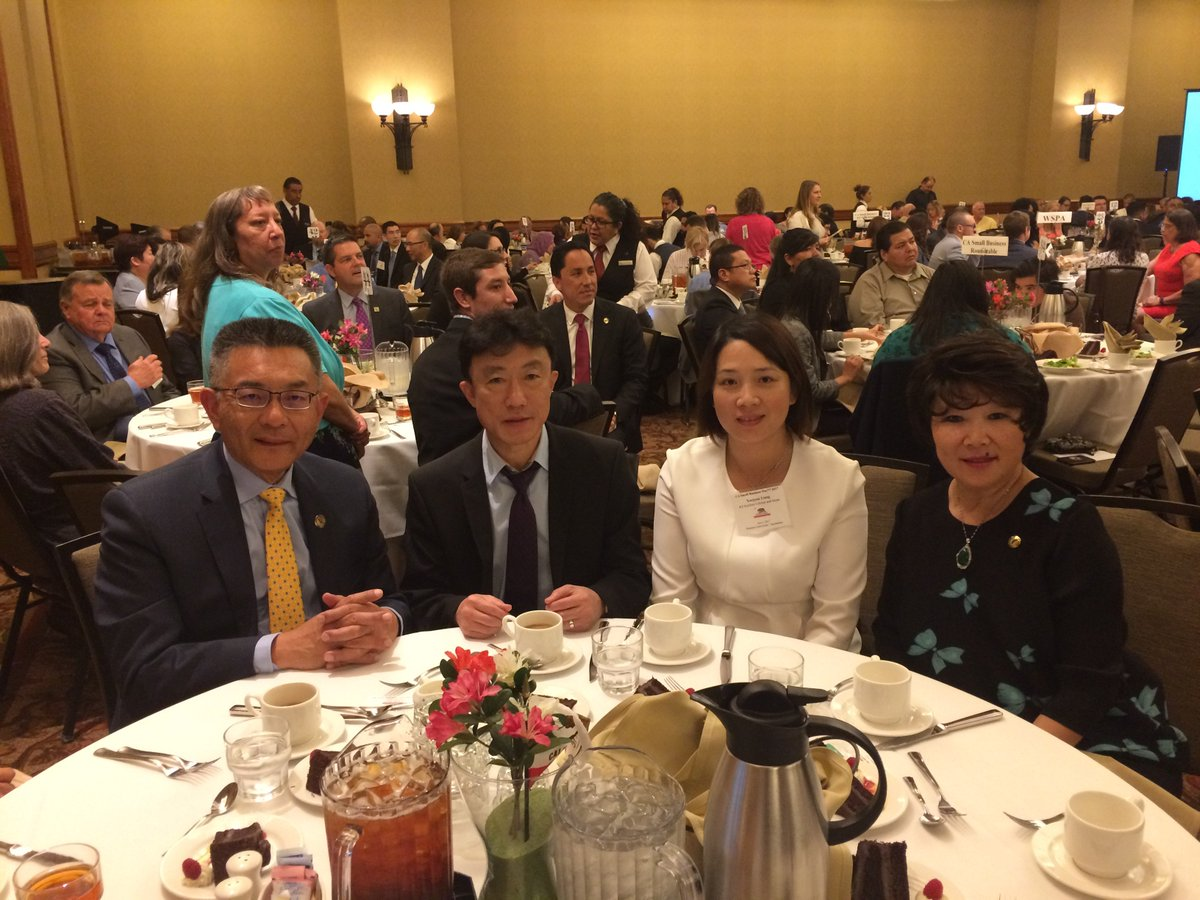 Kansen Chu On Twitter It Was My Honor To Recognize Mr Zuqi Zhao Of Kz Kitchen Cabinets Stone Inc As Small Business Of The Year 2017 For 25th Assembly District Https T Co C7bj3vgbtq