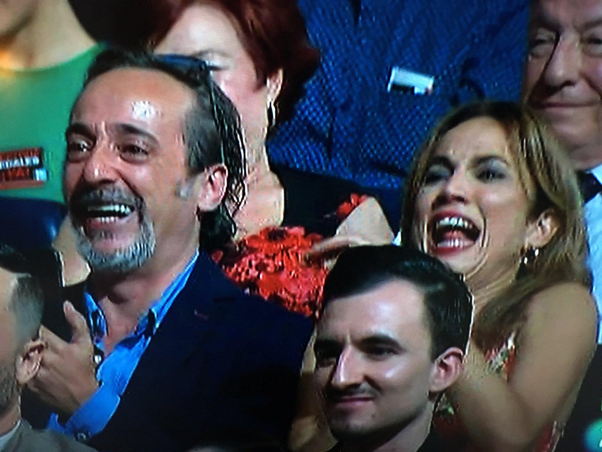 Este momentazo! @Noasantamaria dando las gracias por su Max y sus compis @javicollok y @AcostaToni tronchados de la risa x onomatopeya final https://t.co/gdPTXkwW8G