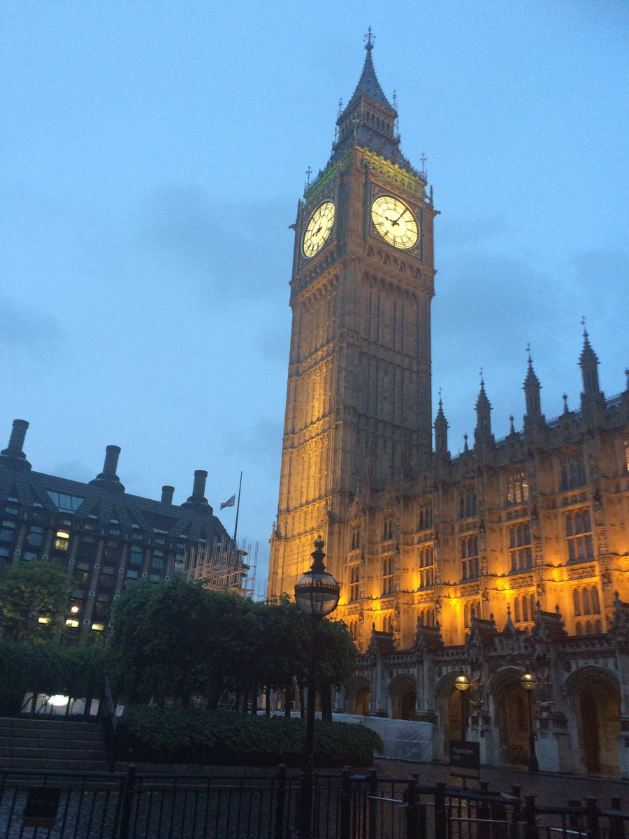 #highlights of a memorable day: sunshine drive to #london with bacon butty, fantastic discussions at #AWFDebate &amp; drinks at @UKParliament <br>http://pic.twitter.com/uzdDgzFlrm