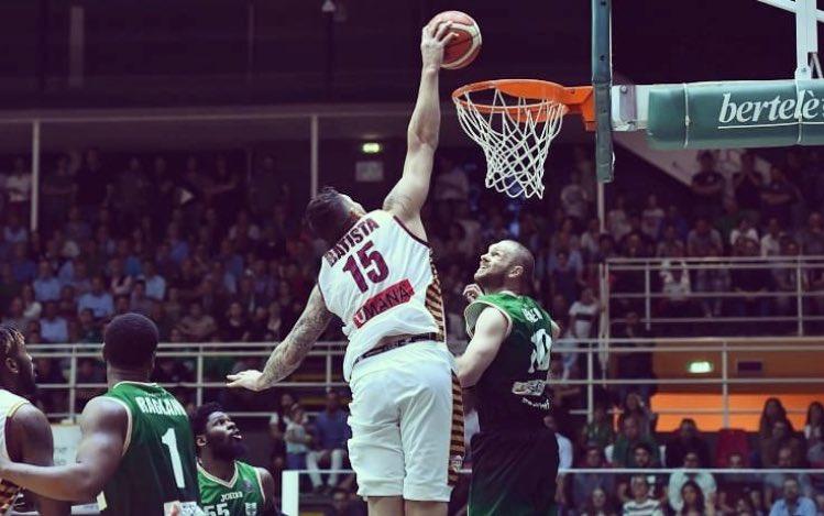 Basket: Umana Reyer Venezia espugna Avellino (83-84) e vola in Finale per lo Scudetto contro Dolomiti Energia Trento