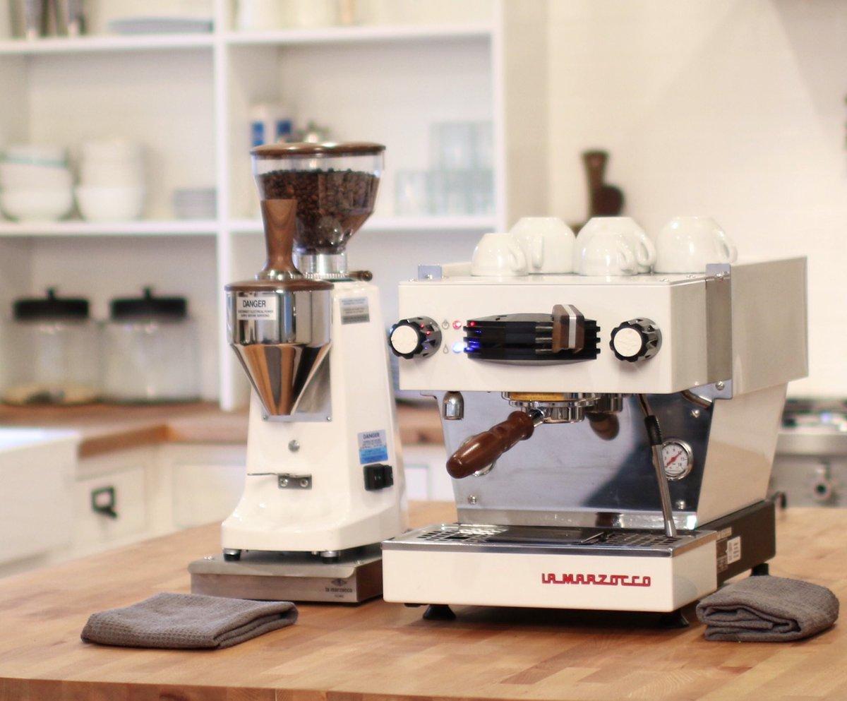la marzocco home on twitter linea mini in white walnut. Black Bedroom Furniture Sets. Home Design Ideas