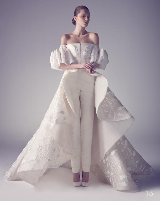 次はこれが流行るかも!?純白のパンツドレス !