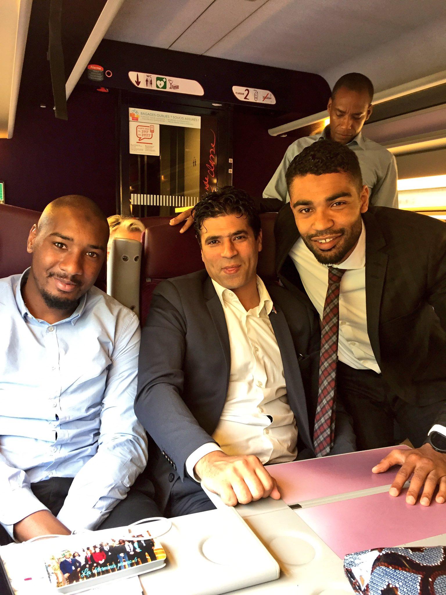 Direction Nantes pour #citescap avec l'équipe de feu @mousscama @bourimech @AhmedBouzouaid | @resovilles https://t.co/iElFkewX1D