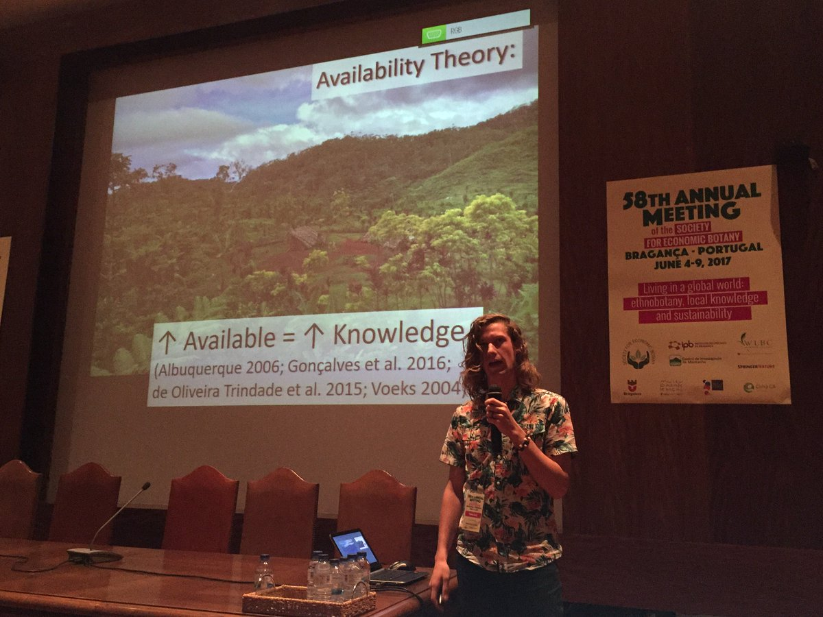 Fantastic talk on availability theory by @plantcrazy007 ! #SEB2017 #ethnobotany