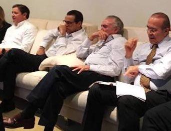 Quadrilha toda reunida no dia da votação do impeachment, Temer, Henrique Alves, Rocha Loures, Padilha. E há quem diga que não foi golpe