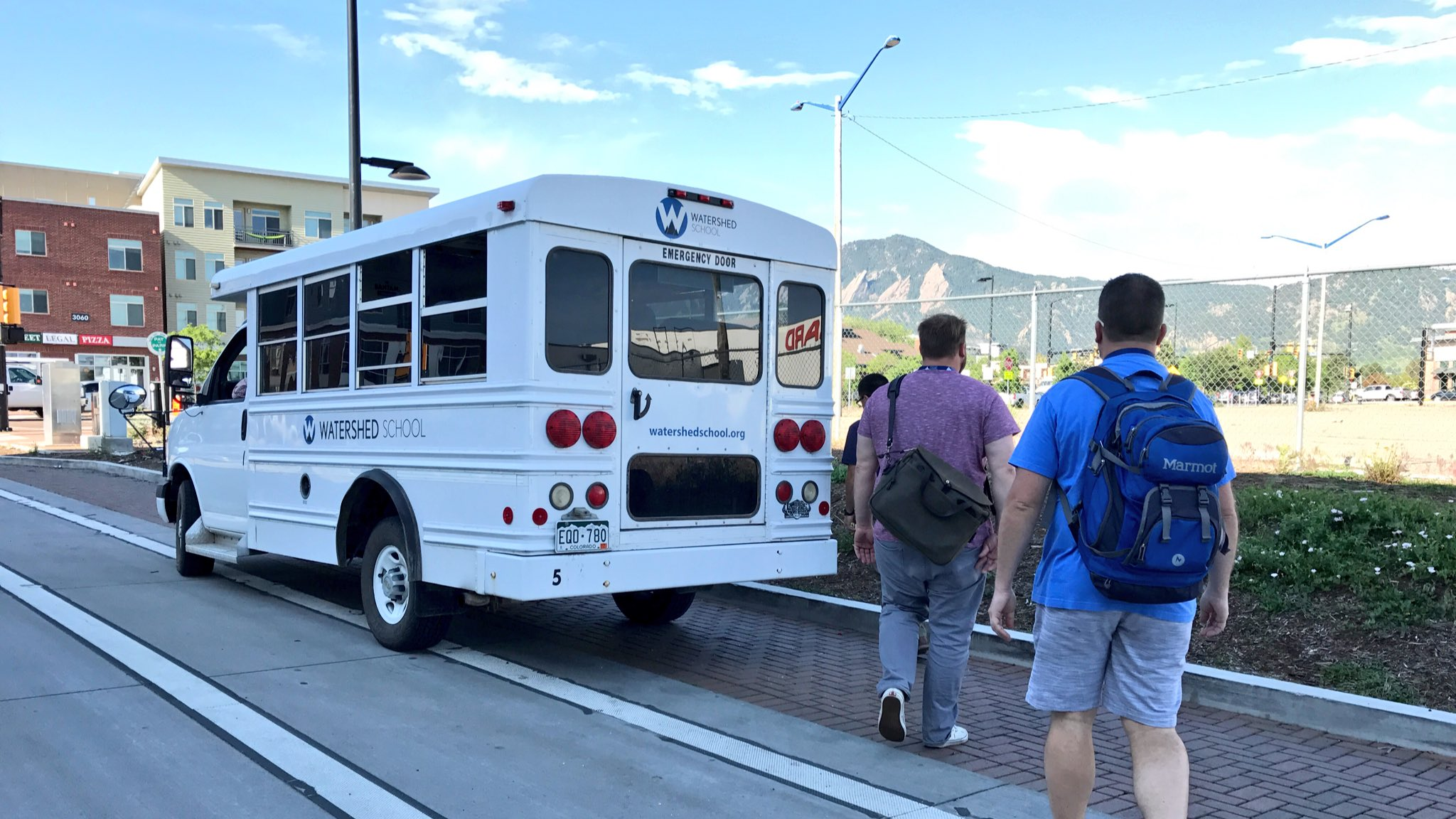 All aboard for Day 2!! Love the @watershed_co  busses! #tvrse17 @fryguy1026 @kcfolan https://t.co/TkyXHsuuKp