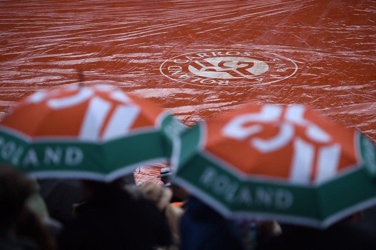DJOKOVIC-THIEM Streaming Tennis Gratis Nadal-Carreño: quarti di finale Roland Garros 2017. Si gioca alle 11 del 7 giugno in TV: come vederla Online