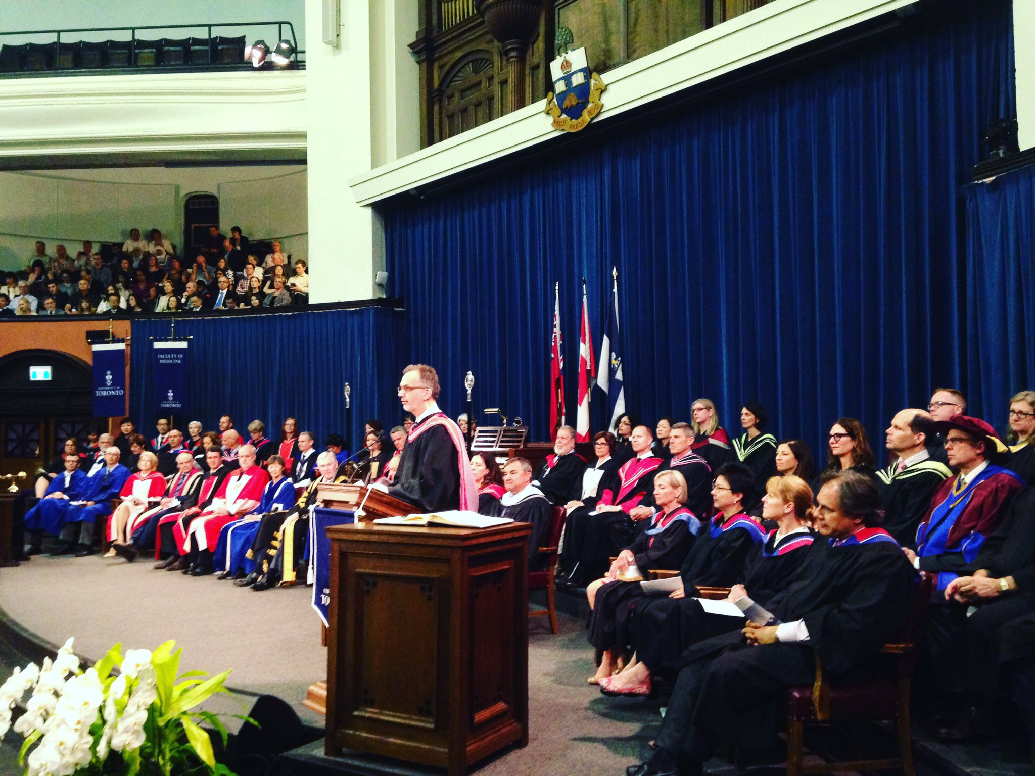 Class of 1T7, on behalf of our faculty, we are enormously proud of your achievements - @uoftmeddean #UofTMed #UofTGrad17 https://t.co/cNjhsCr0gQ