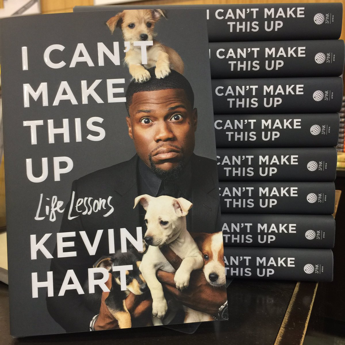 I can\'t make this up!!! Congrats @KevinHart4real on the new book! #LetsGetIt #NYTBestSeller