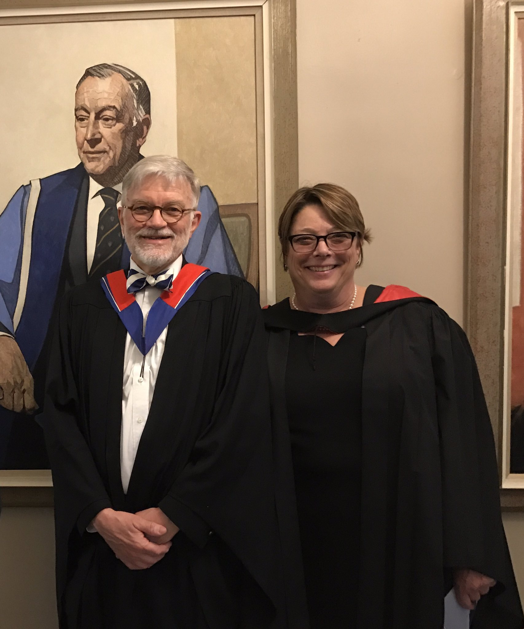A snazzy pair of profs Drs. David McKnight and Leslie Nickell @uoftmedicine getting ready for wonderful convocation 2017 https://t.co/Thc237ee5K