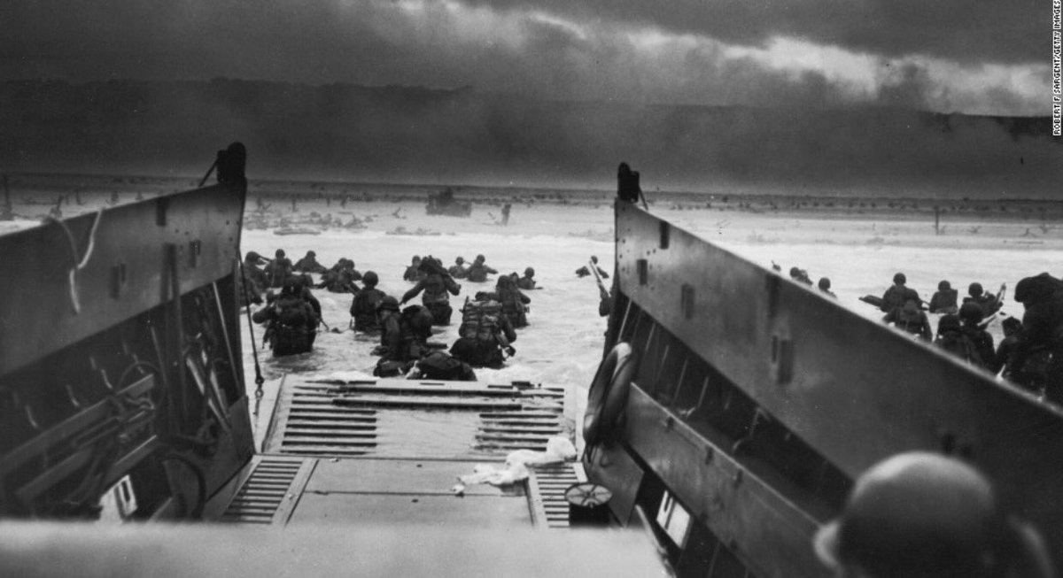 June 6, 1944. #FreedomAintFree <br>http://pic.twitter.com/s9yLpe51e0