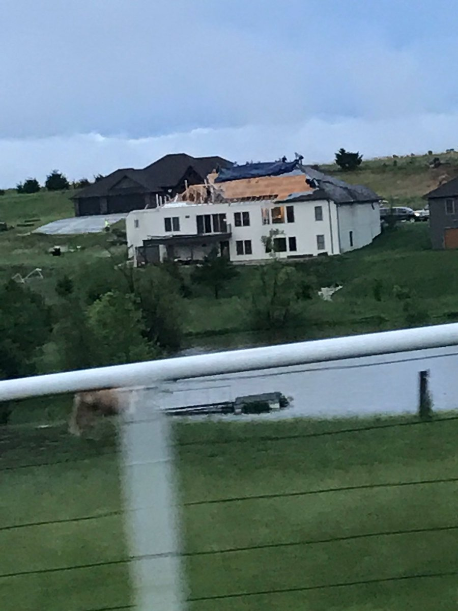 Amber Addison On Twitter Https T Co Bcc45rha3y My Neighbors Filmed This Video During A Tornado Theellenshow Everyone Is Ok