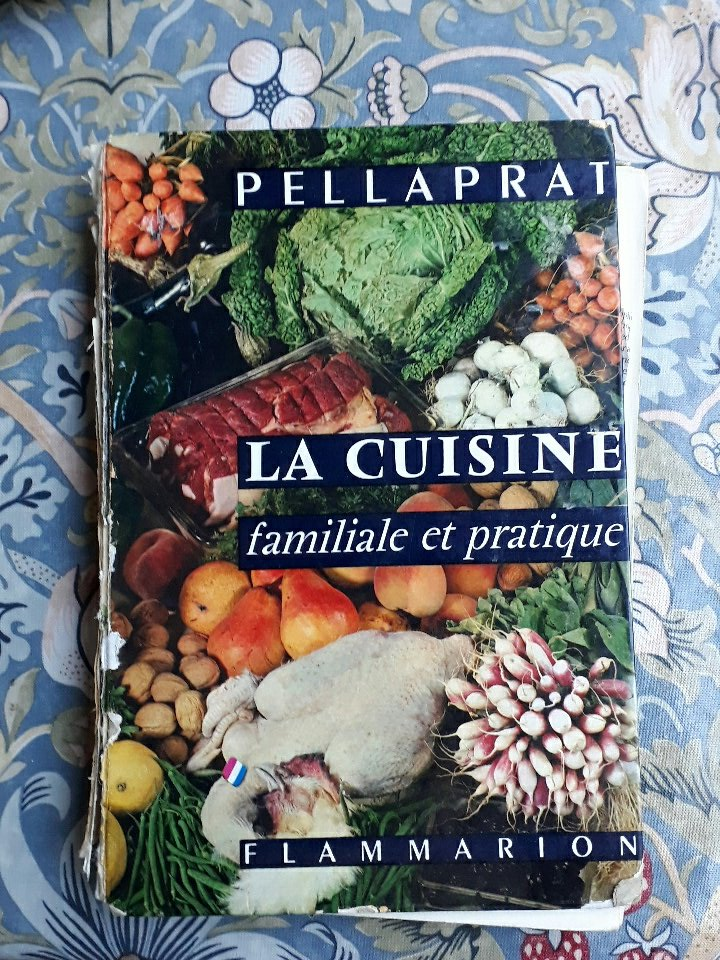 "Second day of #recipesconf ""what is a recipe?"" today. A photo of the book that ignited my passion as a toddler. Share pics! @historecipes https://t.co/mveMWrf6Vt"
