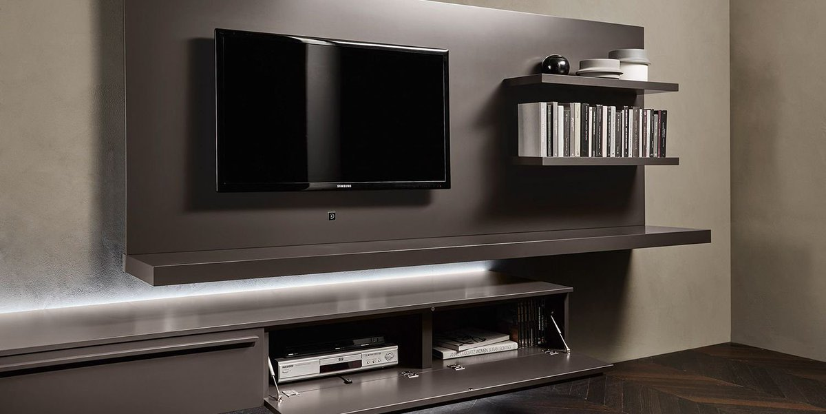 livarea on twitter tolle tv wohnwand aus italien mit tv paneel. Black Bedroom Furniture Sets. Home Design Ideas