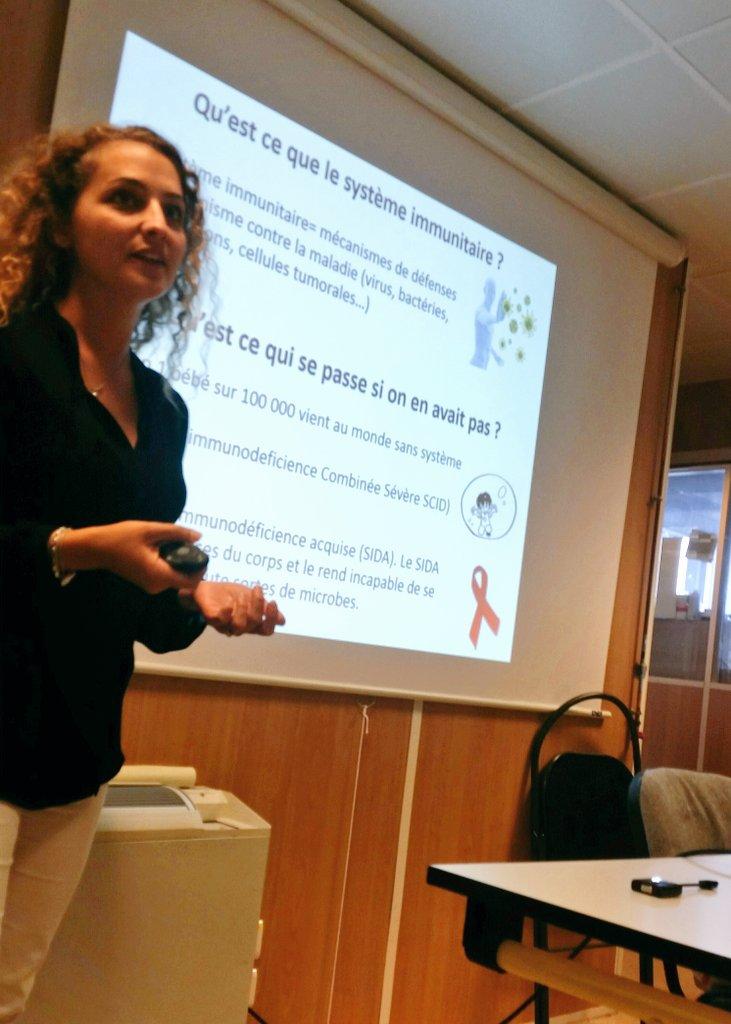 """""""Qu est ce que le système immunitaire ?"""" Superbe introduction sur la #recherche fondamental par Mélanie @Inserm @FCentaure #CAM2017 #rein https://t.co/KwrCtf1stJ"""