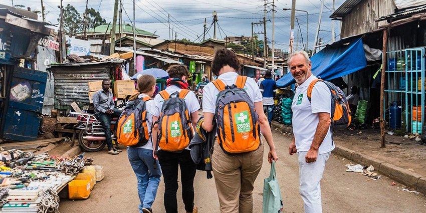 Neue Bilder von German Doctors-Arzt Sascha Jatzkowski aus #Nairobi. Vielen Dank für die Eindrücke! https://t.co/mjjcx9UX8z https://t.co/f30W1Vpdqn