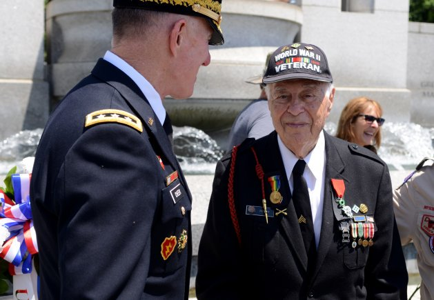 """Total chaos! """"I was just lucky,"""" proclaimed #DDay Veteran  https://t.co/ynqJntAols"""