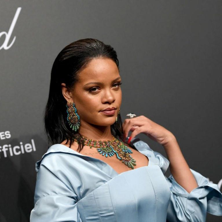Victime de #bodyshaming, #Rihanna contre-attaque. Toutes avec elles ! > https://t.co/9M5Qbq2KBY