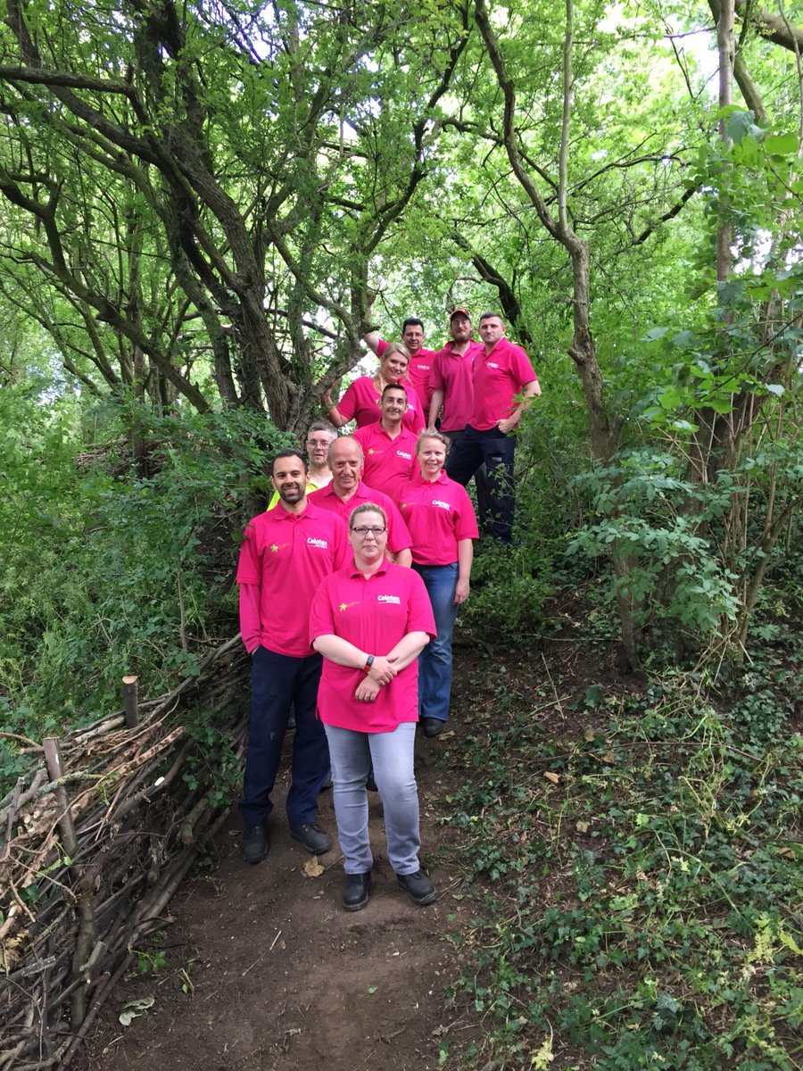 Our second batch of volunteers at @ERCTIps. Find out about our support for the fantastic Eden-Rose Coppice Trust - https://t.co/8jJ481toIg https://t.co/Zj1I6rlymq