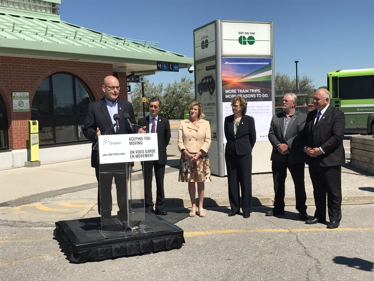 Joined by @HelenaJaczek @Michael_KC_Chan to announce hourly midday and evening service on Stouffville GO line b/w Unionville + Union #RER <br>http://pic.twitter.com/XgrShhYKOY