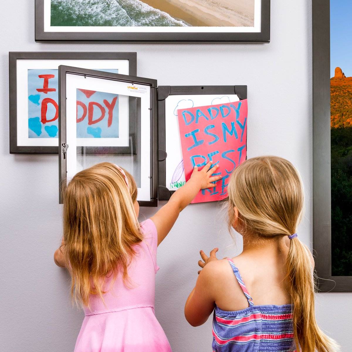 up to 50 photos or kidsart in one frame for fathersdaygift 20 off full priced frames at httpdynamicframescom with code dad2017pictwittercom - Dynamic Frames