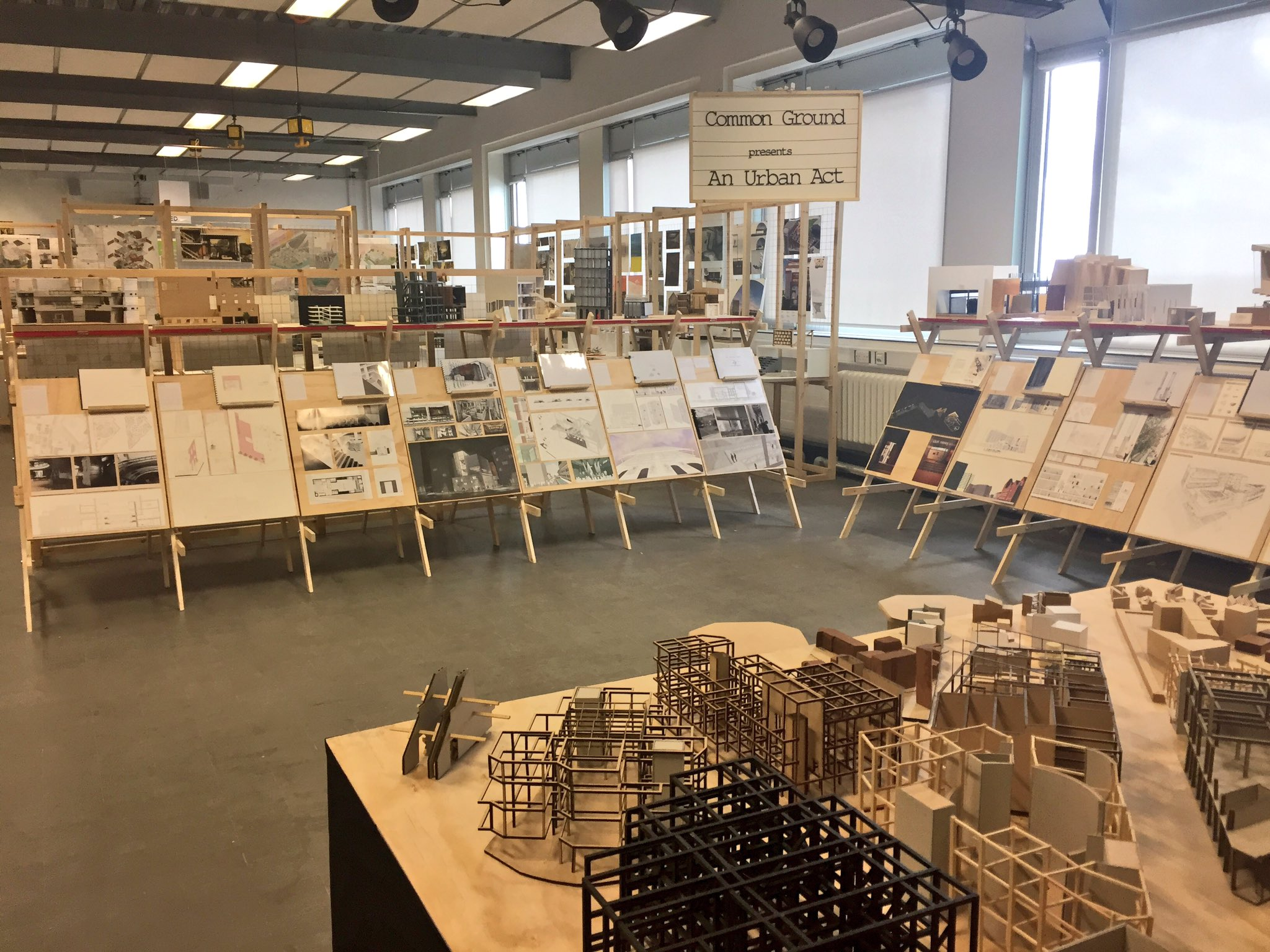 Excellent 2 days external examining at @TheMSArch; engaged students & fantastic work - make sure you visit the exhibition #McrDegreeShow17 https://t.co/lCjGxEwG7R