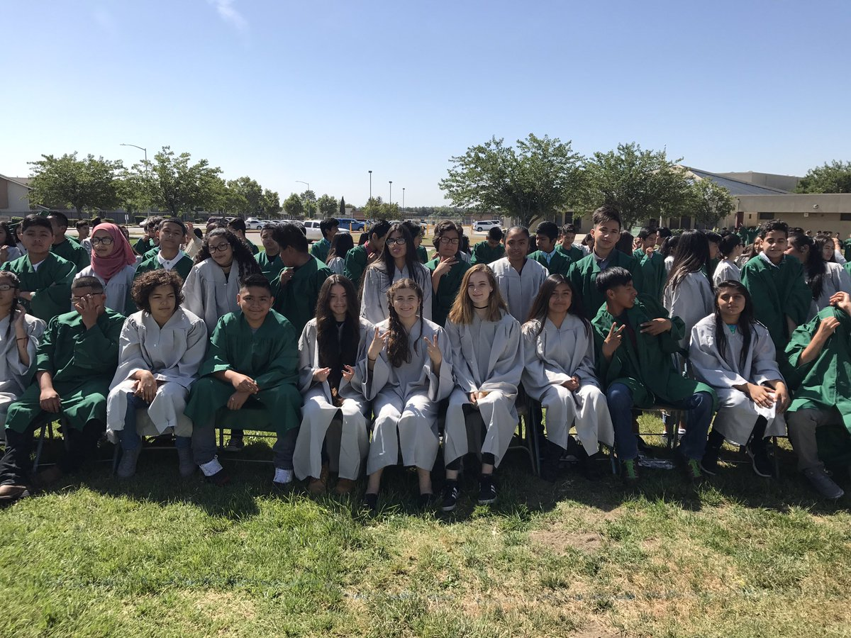 Alma Picazo On Twitter Congratulations To Vvms Class Of 2017