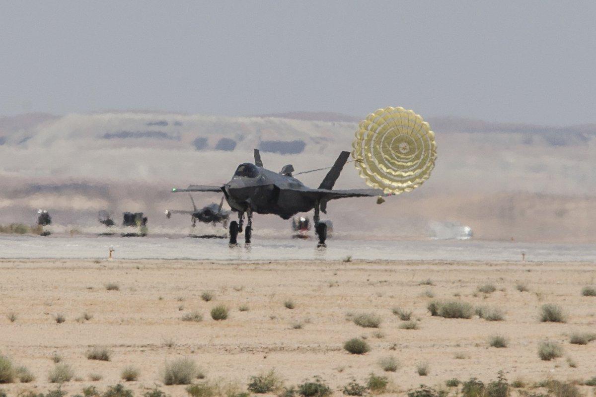 F-35 Development and News Thread: - Page 17 DBvCYreWAAE_49b
