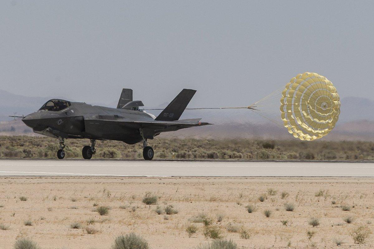 F-35 Development and News Thread: - Page 17 DBvCZeUXkAAMHZ0