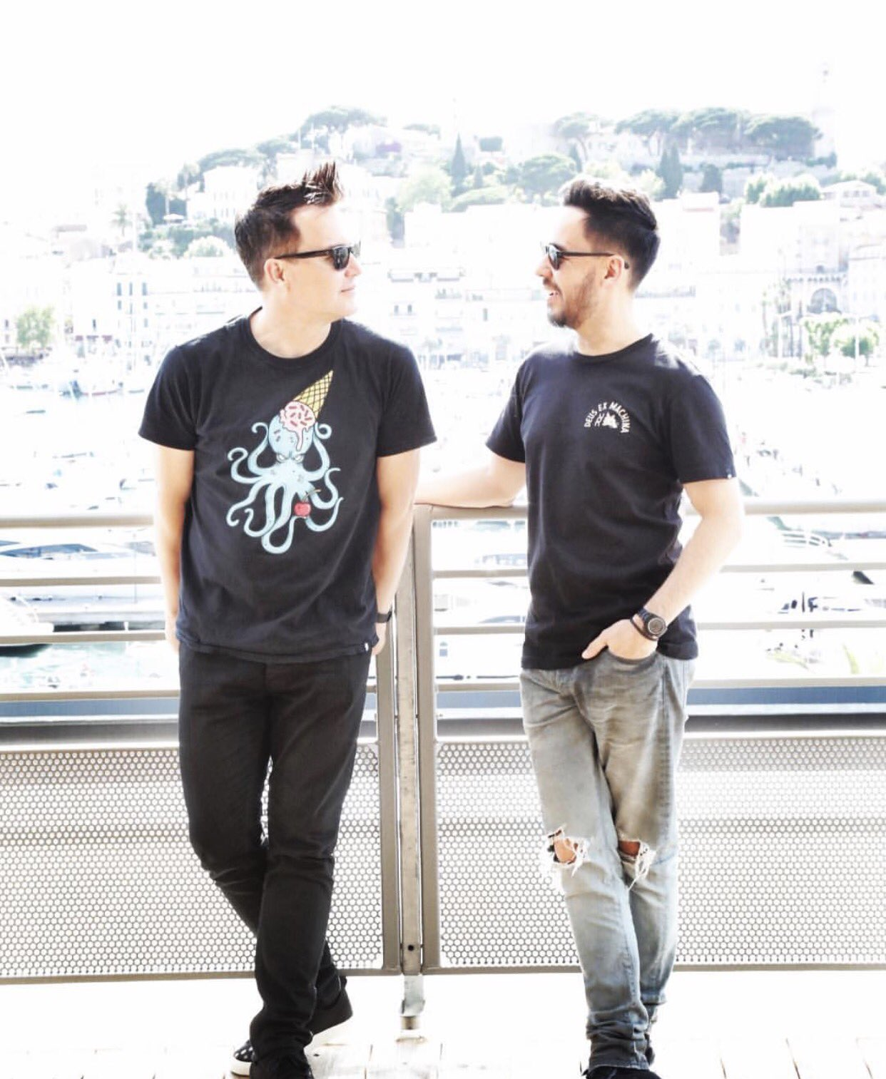 Summer vibes @mikeshinoda @markhoppus #midem https://t.co/1l3A0kCUUd