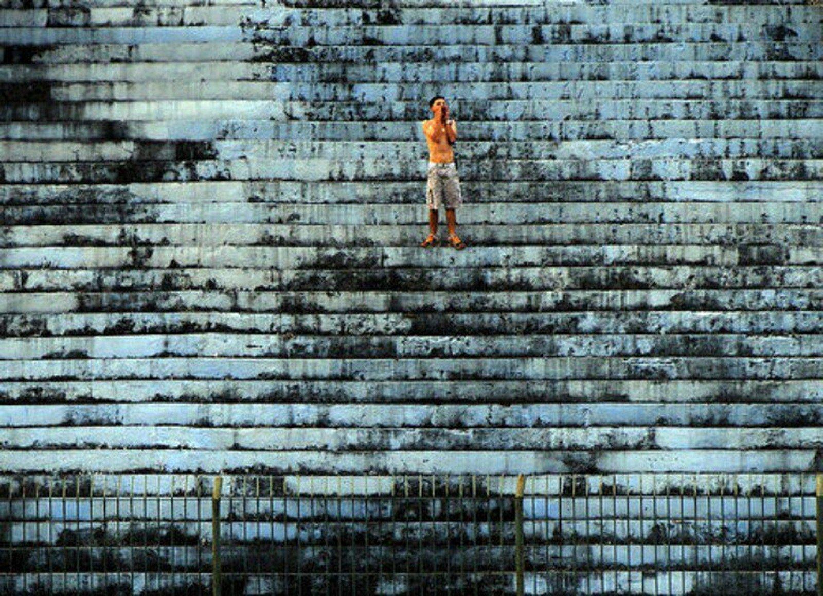 Thumbnail for Solamente un hincha fue a ver al Angra dos Reis