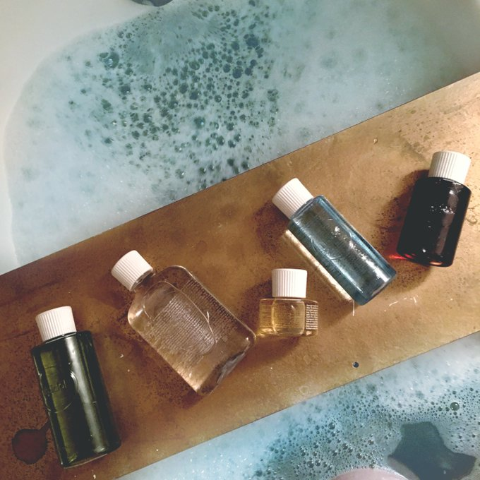 DIY Bath Caddy & Getting into a Routine with Lipidol