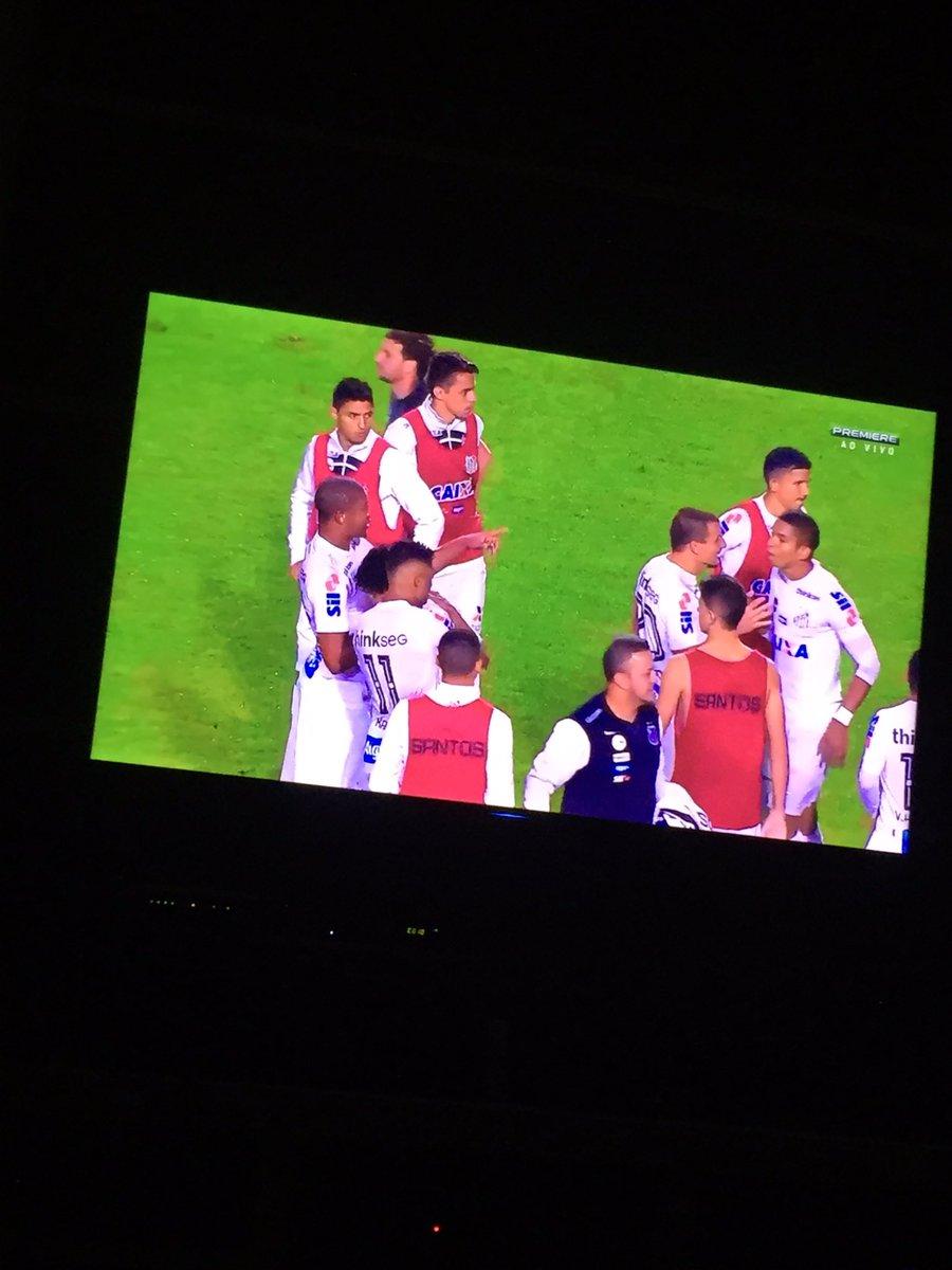 Boa Peixão, @SantosFC grande vitoria. Parabens @elano_blumer feliz por ti irmão. https://t.co/pdWWmMp3ah