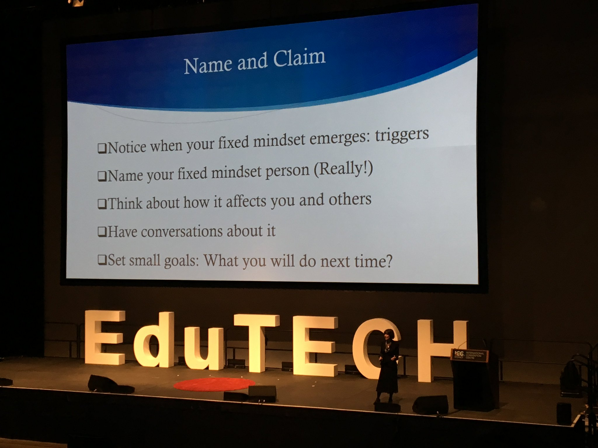 Reflecting on the idea of what triggers me into a fixed mindset #EduTech17 https://t.co/00TNZkgvi3
