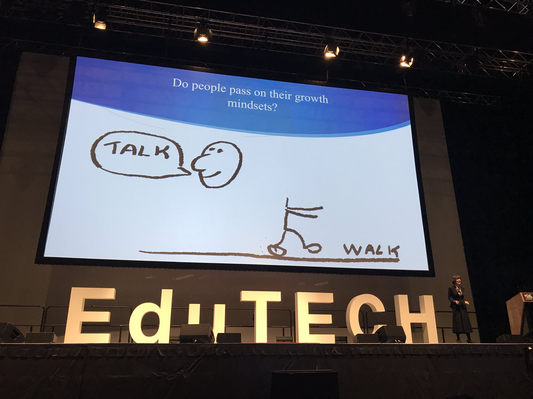 You have to 'walk' the growth mindset to transmit it to others. Role model the behaviour! #EDUtechAU https://t.co/SCKSCkiy9l