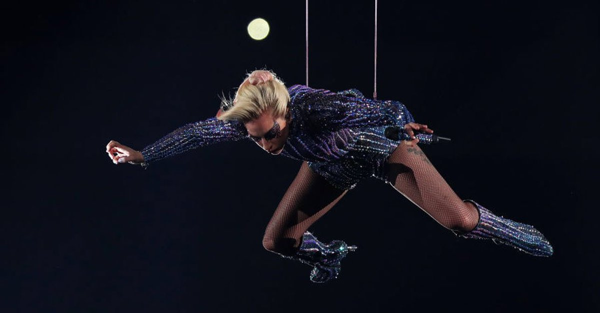 """""""The floor is The Cure music video""""  Gaga: https://t.co/B3BOfulLH2"""