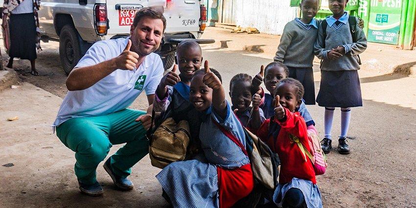 German Doctors-Arzt Sascha Jatzkowski mit einem neuen, spannenden Bericht aus unserem Projekt in #Nairobi.https://t.co/WmhNiSYbjo https://t.co/rzDQ8qDi0S