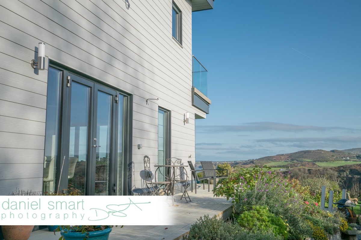 Check out this retirement dream home - a beautiful cliff-top dwelling overlooking the Pembrokeshire coast https://t.co/BIkTOFOFzD https://t.co/EODab7NSTj