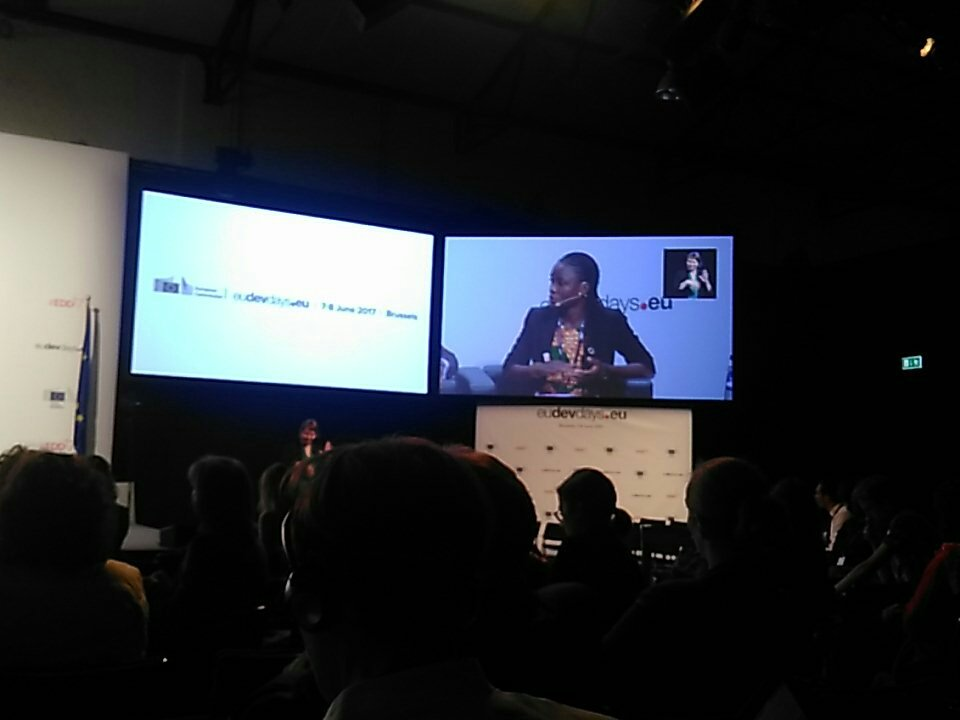 """Great plea for intergenerational dialogue by @esinamamuzu - """"we need you to tell us we can do it"""" #EDD17 @cmghana @dance4lifeint https://t.co/VqysILa0Op"""