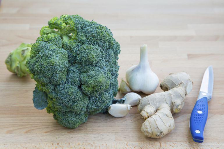 """""""El brócoli es una verdura que habría que comer 4 o 5 veces a la semana"""" #JornadaSaray https://t.co/0aVUM4BrTN"""