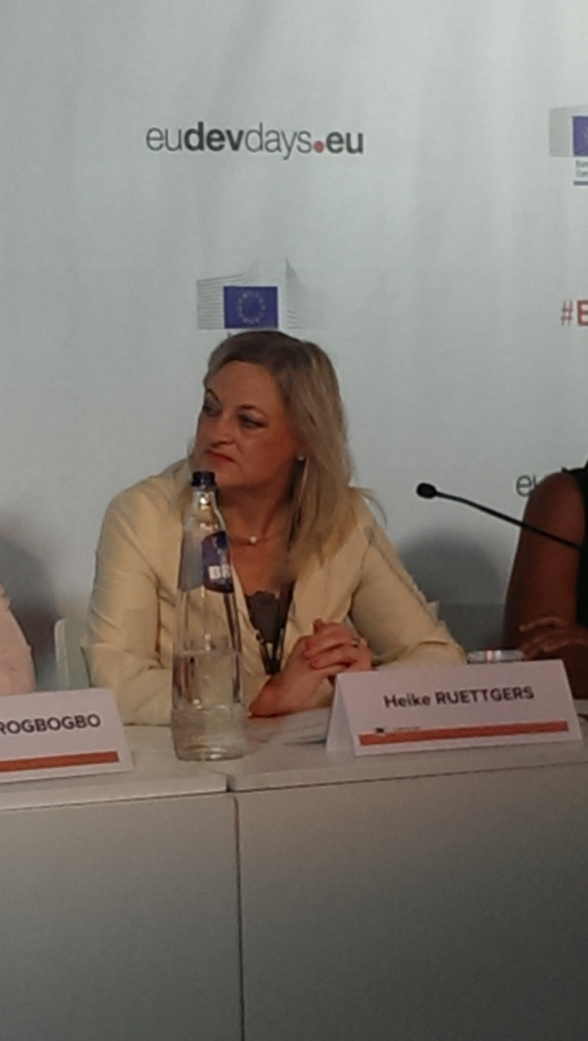 A strong call for #partnerships by @ruettgers_h to bring together & scaleup successful interventions supporting #Women in business at #EDD17 https://t.co/JDK3xOJW0m
