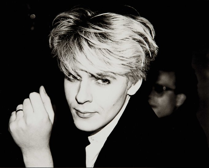 HAPPY BIRTHDAY NICK RHODES !!! CAN YOU PLAY SOME TO SHOW THE LOVE?