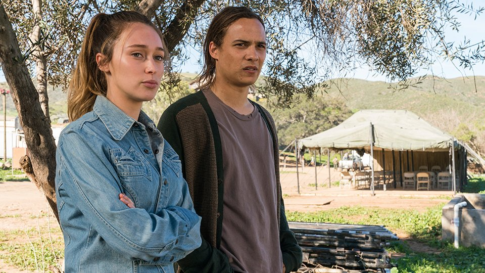 Fear The Walking Dead Temporada 3: Noticias,Fotos y Spoilers.  - Página 3 DBynA2ZU0AAD1LE