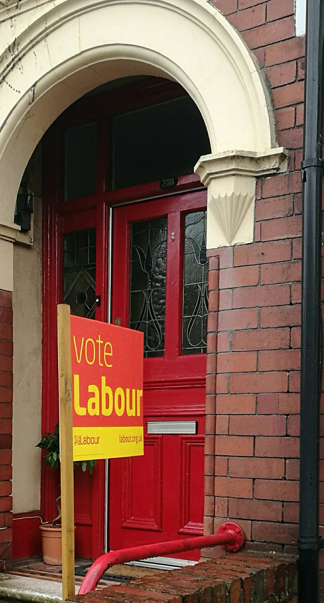 I&#39;ll be voting for @UKLabour and the hardworking and experienced @jessicamordenmp #NewportEast #ForTheMany<br>http://pic.twitter.com/ivTo4rQ0Wo
